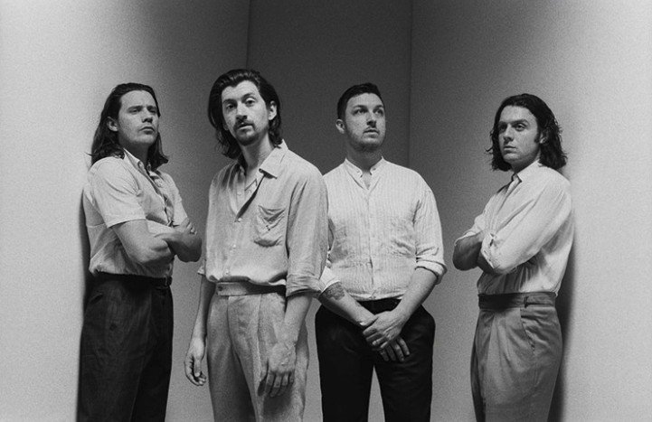 Arctic Monkeys 'Tranquility Base Hotel & Casino' played through a 1970s radio station