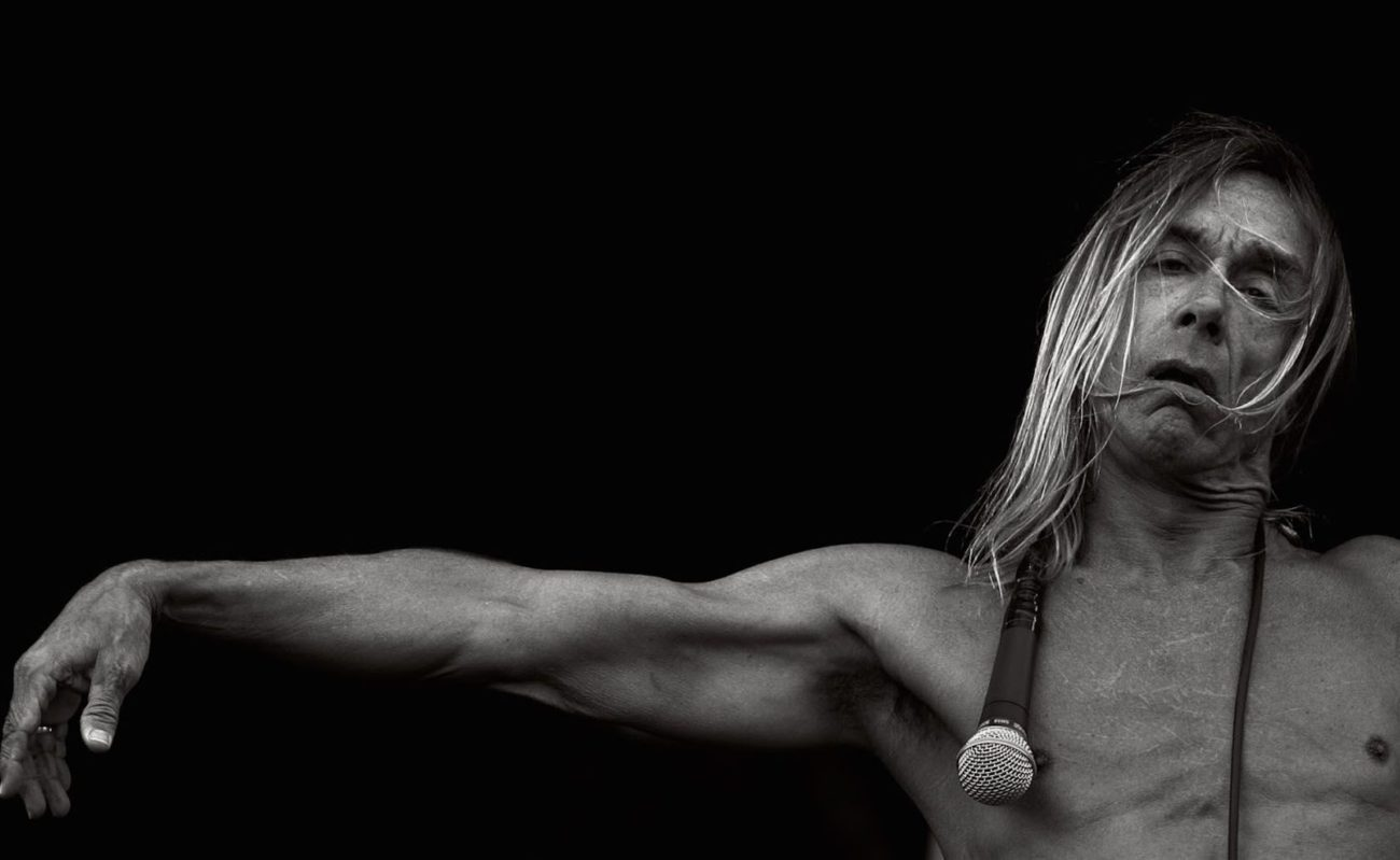 Iggy Pop releases new video for his song 'James Bond'