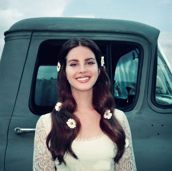 Lana Del Rey to release vinyl and cassette versions of poetry book
