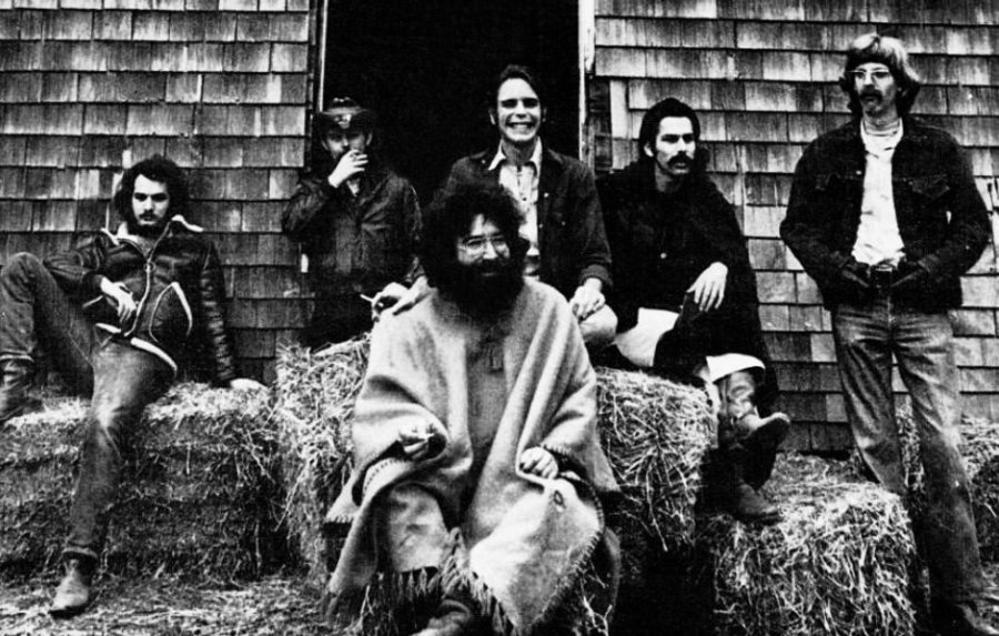 The Grateful Dead share new rare footage of 1989 concert