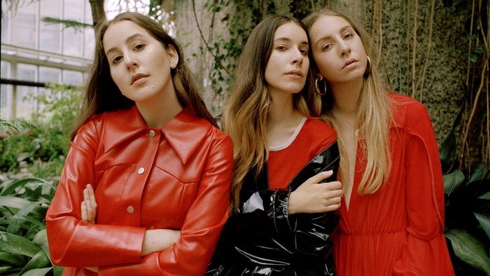 Grammys 2021: Watch Haim perform 'The Steps'