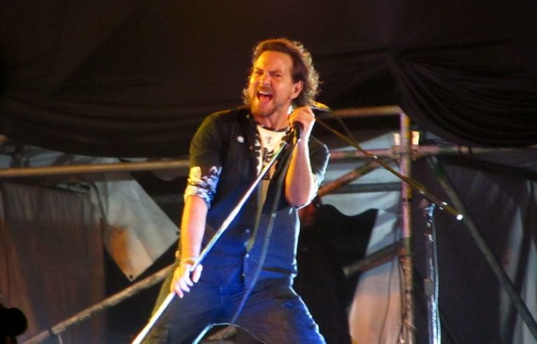 Are Pearl Jam teasing a new album?