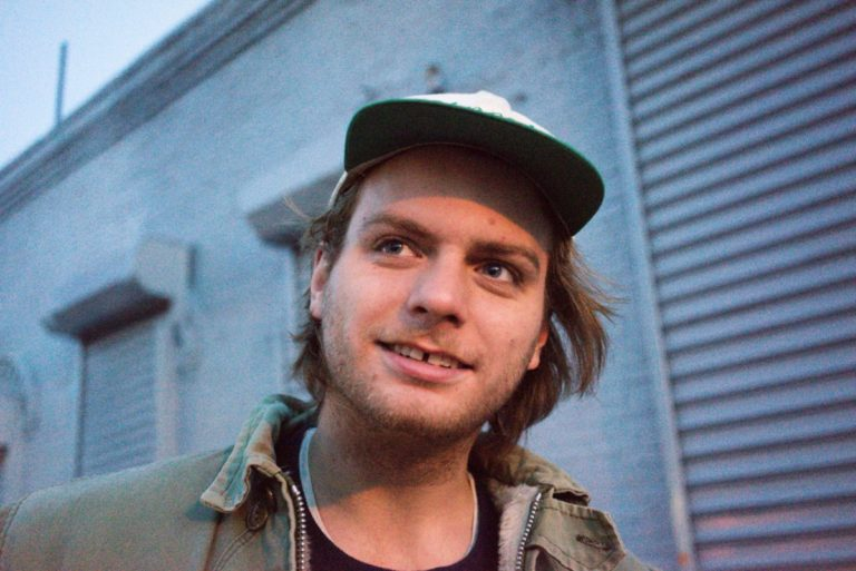Mac DeMarco covers 'Santa Claus Is Coming to Town'