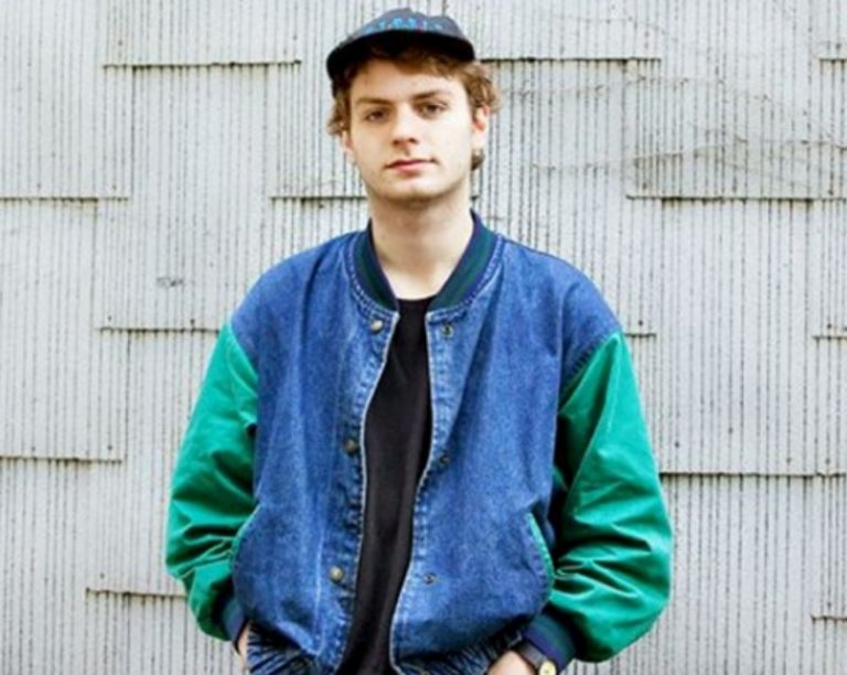 Get to know 'Makeout Videotape', Mac DeMarco's first band