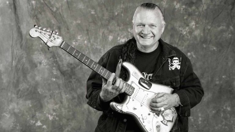 Jack White writes tribute to surf rock pioneer Dick Dale