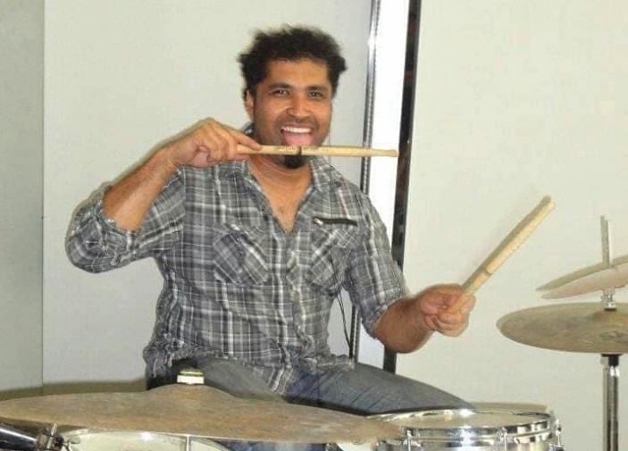 Mike Walker, drummer of rock band Aranda, reportedly murdered by his own son