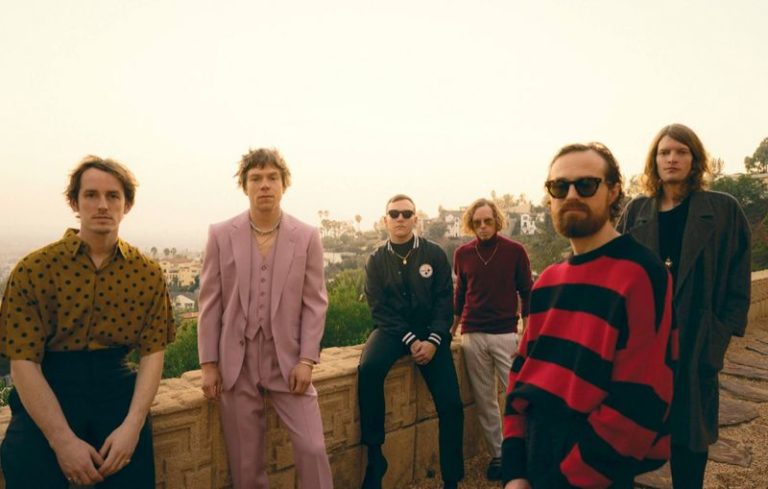 Cage The Elephant talk their new album, collaborating with Beck and more1