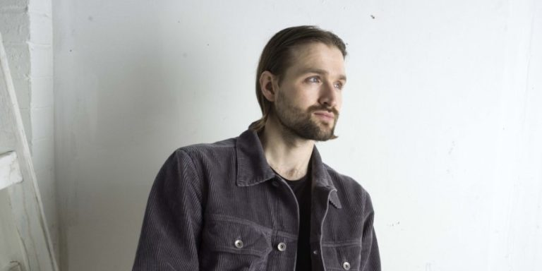 Wild Beasts' frontman Hayden Thorpe goes solo and shares new song 'Love Crimes'