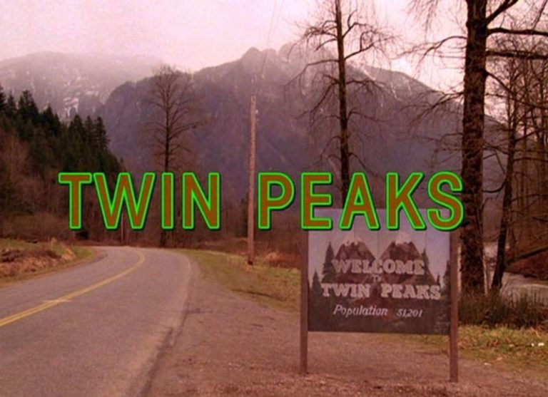 Showtime in discussions with David Lynch for new season of 'Twin Peaks'