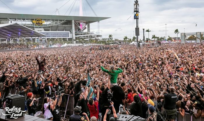 "False reports of a shooting at Rolling Loud Festival leads to ""mass hysteria"""