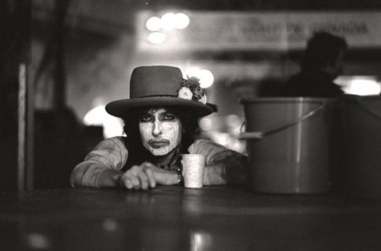 Watch the first trailer for Martin Scorsese's new Bob Dylan documentary 'Rolling Thunder Revue'