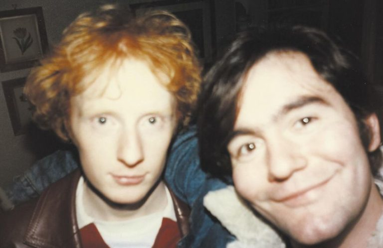 Arab Strap announces vinyl reissue of 'The Week Never Starts Round Here'