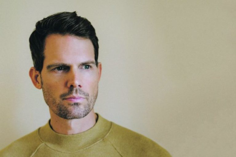 Tycho foster a sense of intimacy with lead vocals on 'Weather'