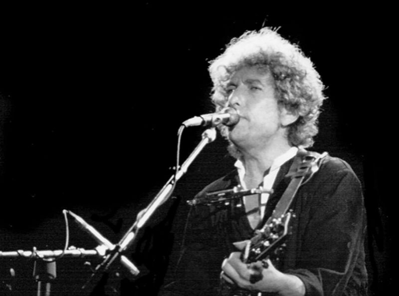 Bob Dylan announces new tour dates
