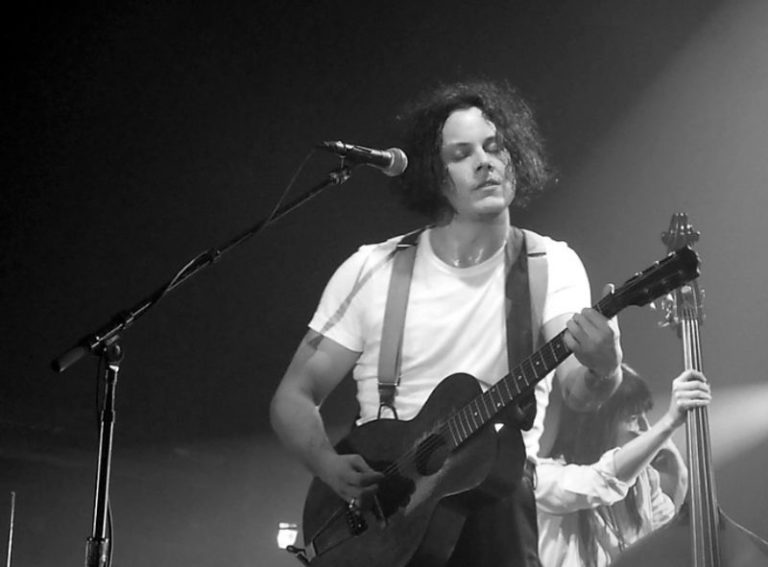 Watch Jack White perform Jay Z song '99 Problems'