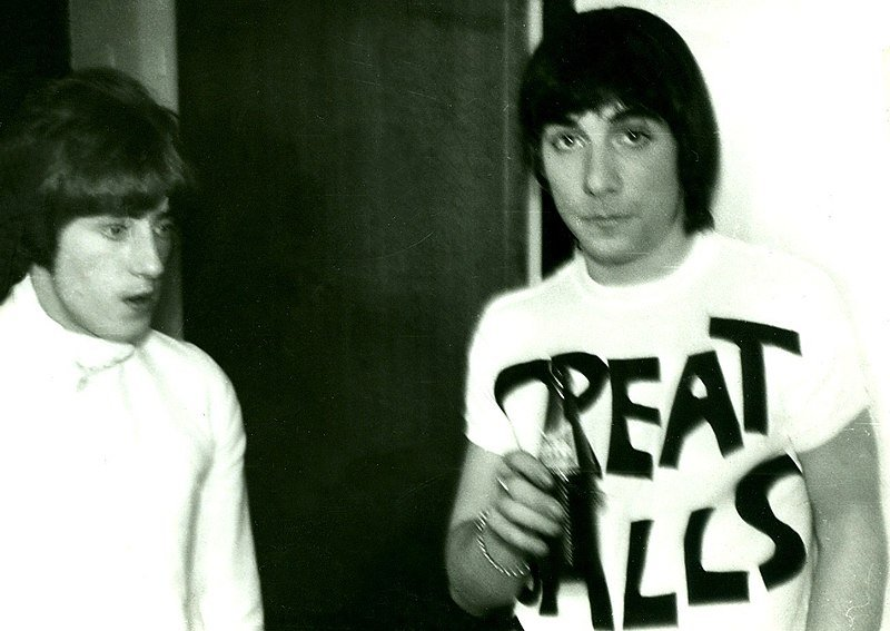 Keith Moon destroys hotel room and gets rewarded for it
