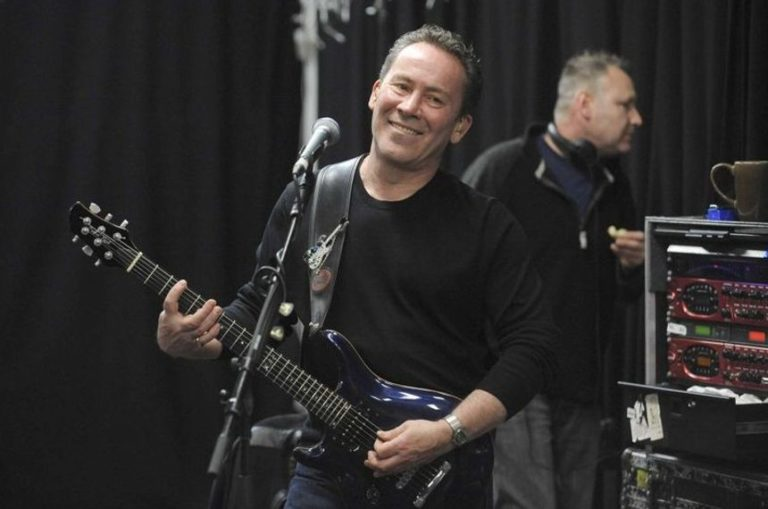 UB40 guitarist Robin Campbell to discuss new music, Jeremy Corbyn and more