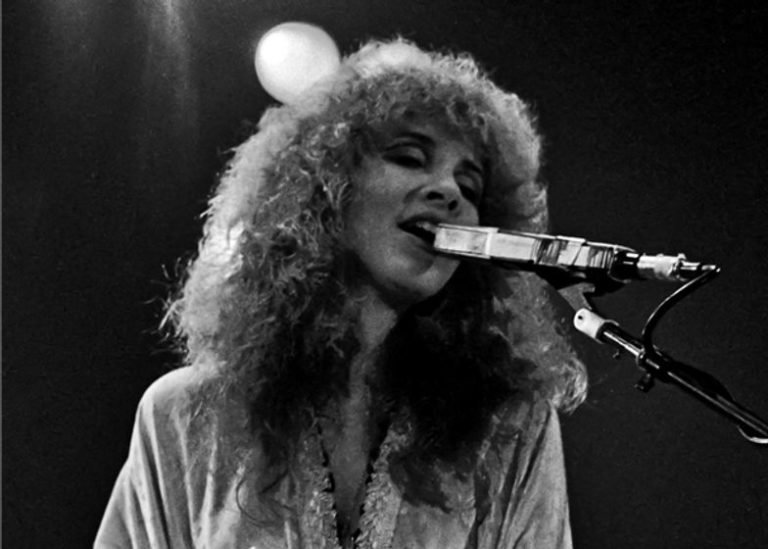 Remembering when Stevie Nicks covered Bob Dylan song 'Just Like A Woman'
