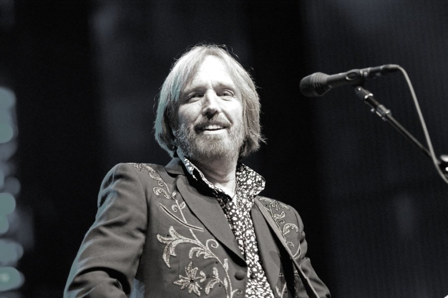 Ranking all of Tom Petty's albums in order of greatness