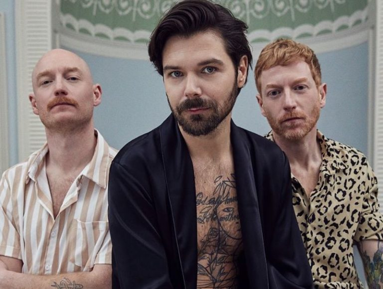 Biffy Clyro return with new single 'Instant History'