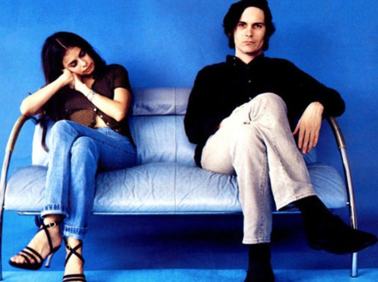 Hope Sandoval pays tribute to late Mazzy Star bandmate David Roback