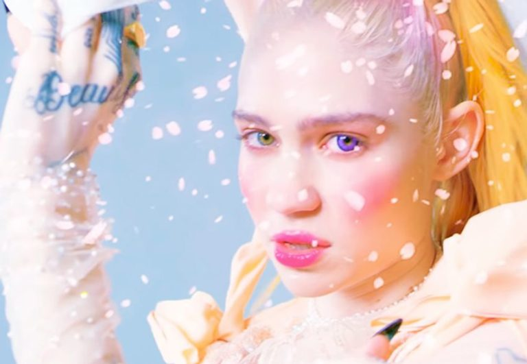 Grimes releases new music video for 'Idoru'