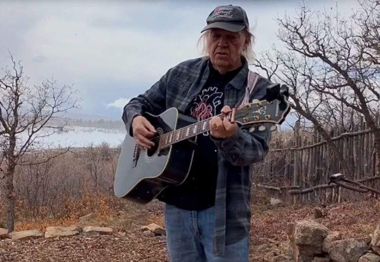 Watch Neil Young perform rare songs with acoustic 'Fireside Session'