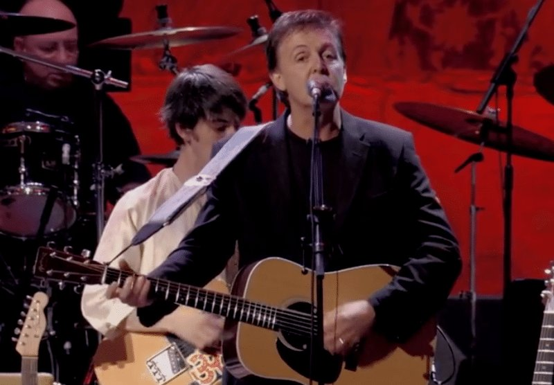Watch Paul McCartney lead an all-star band through an emotional performance of George Harrison song 'All Things Must Pass'
