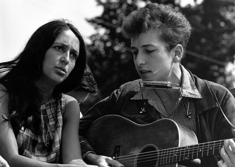Bob Dylan and Joan Baez cover Jimmy Buffet, 1982