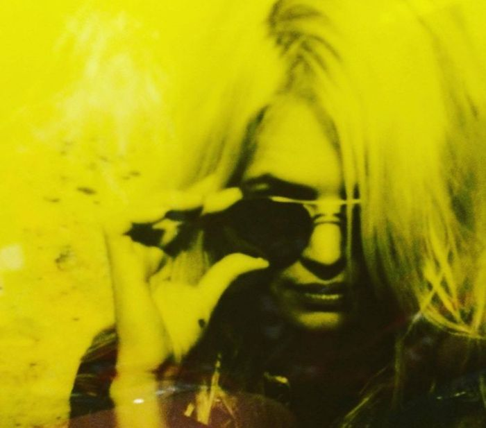 Alison Mosshart releases second solo single 'It Ain't Water'