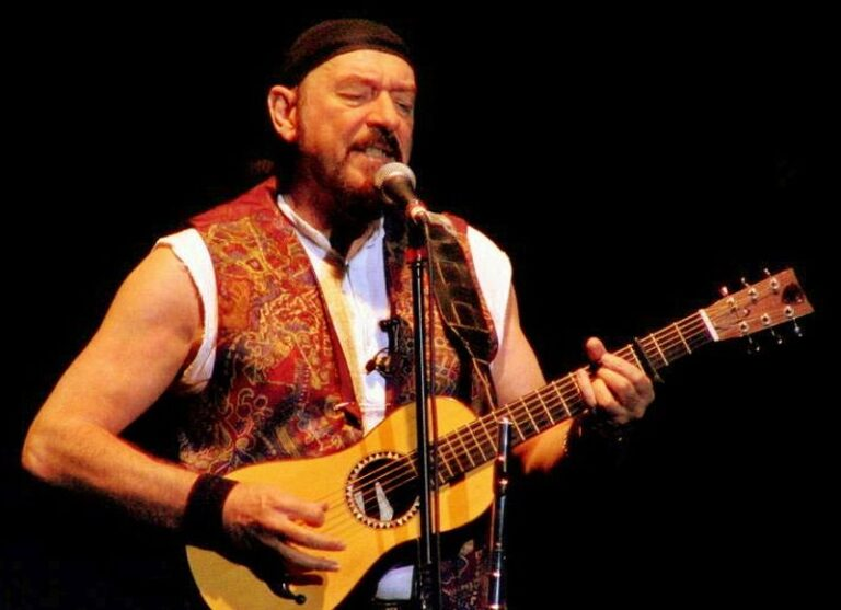 Jethro Tull's Ian Anderson is battling an incurable lung disease