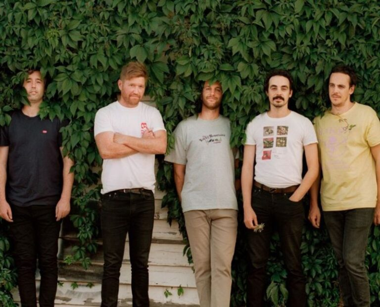 Rolling Blackouts Coastal Fever share new song 'Falling Thunder'