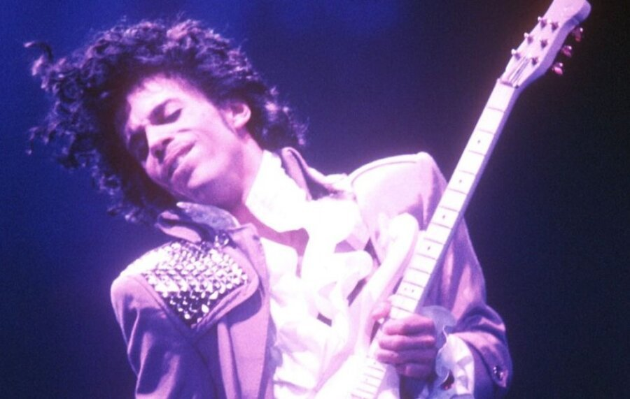 Long lost Prince guitar set to be sold for £1 million at auction