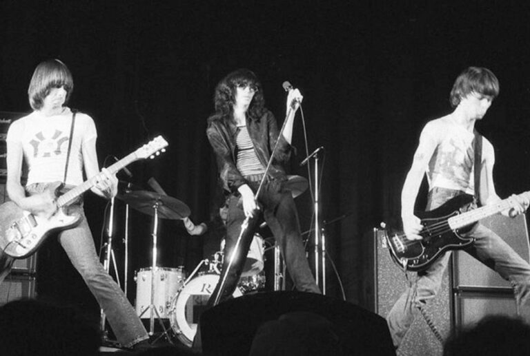 Joey Ramone once picked his 5 favourite bands of the 1980s