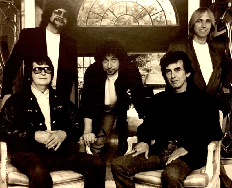 This is how George Harrison, Bob Dylan, Tom Petty, Jeff Lynne and Roy Orbison formed the Travelling Wilbury's