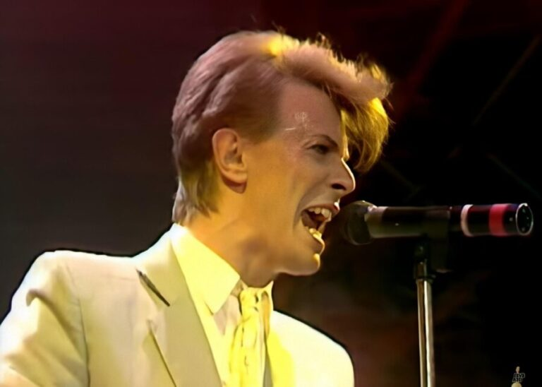 Watch David Bowie's iconic performance of 'Heroes' at 'Live Aid' in 1985