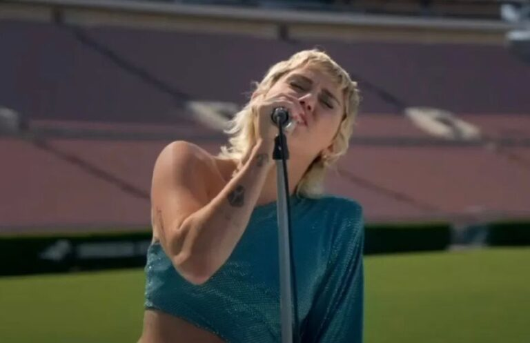 Watch Miley Cyrus cover The Beatles song 'Help!'