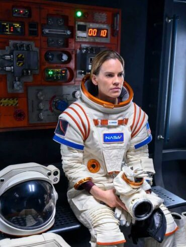 Hilary Swank stars in the trailer for new Netflix series sci-fi 'Away'