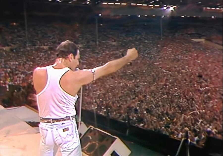 The 10 most memorable moments from 'Live Aid'