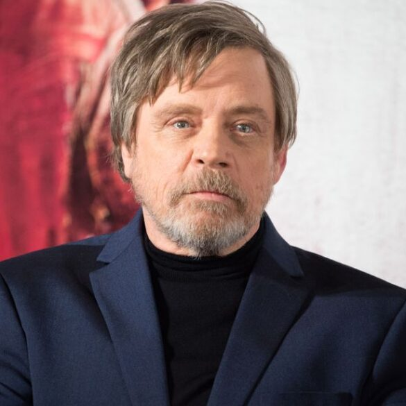 Mark Hamill revealed his real phone number during 'Star Wars: A New Hope'