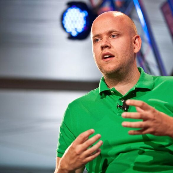 Spotify boss Daniel Ek: 'It is not enough for artists to release albums every 3-4 years'
