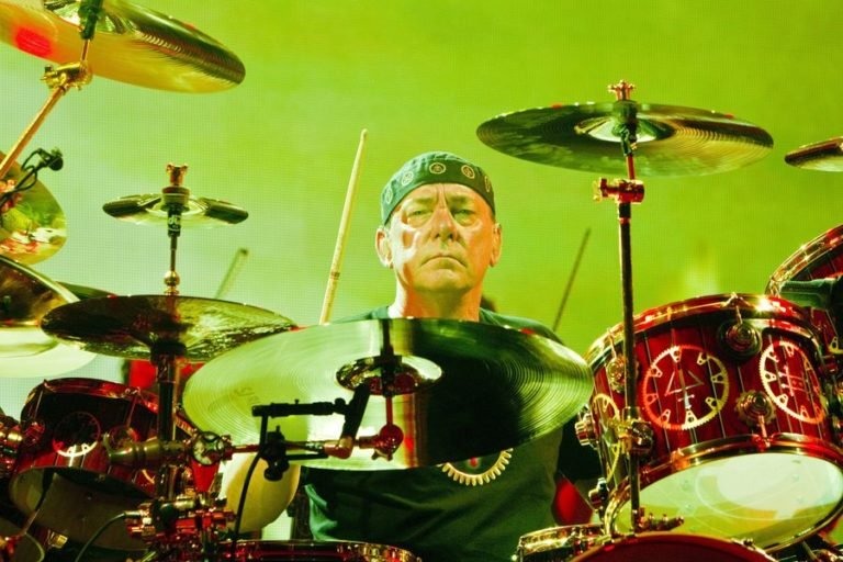5 isolated drum tracks to prove that Rush hero Neil Peart was a genius