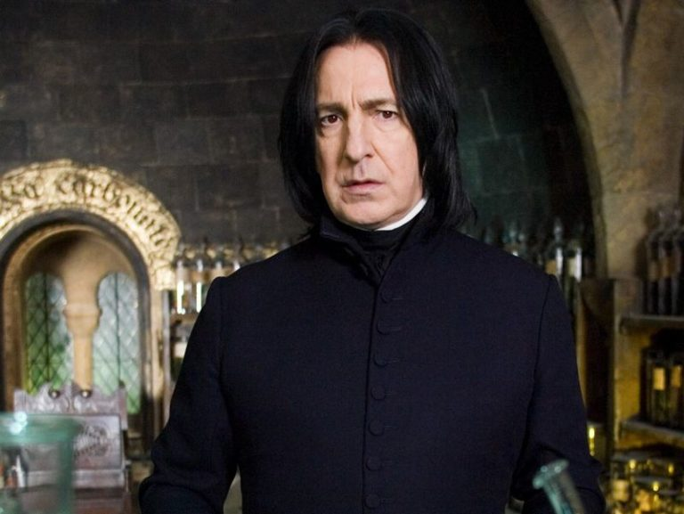 Alan Rickman's 27 intimate diaries to be published as one complete book
