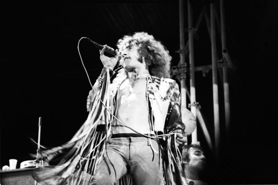 Watch The Who perform a ferocious 'Substitute' at their iconic Isle of Wight set in 1970