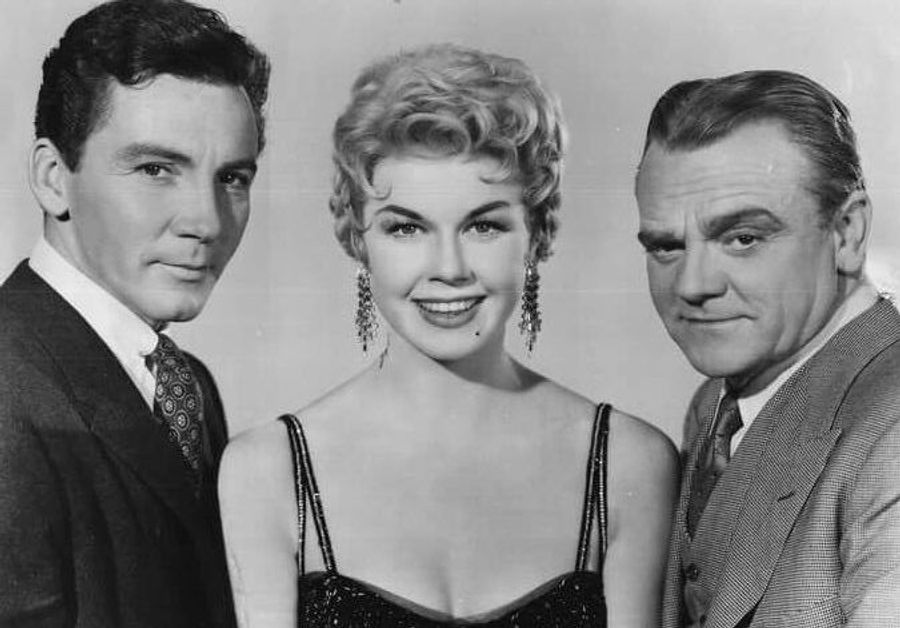 Cameron Mitchell, Doris Day, and James Cagney