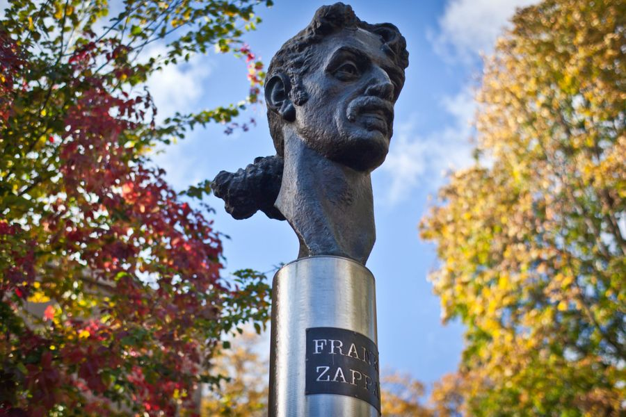 Užupis, the Lithuanian republic that replaced a Lenin statue with Frank Zappa