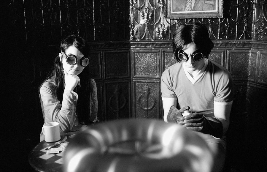 Coffee and cigarettes Year - Meg and Jack White Director-  Jim Jarmusch White Stripes